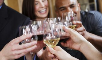Reduce your alcohol consumption for better oral health
